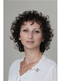 ורד פוקס הלל Vered Fux Hillel